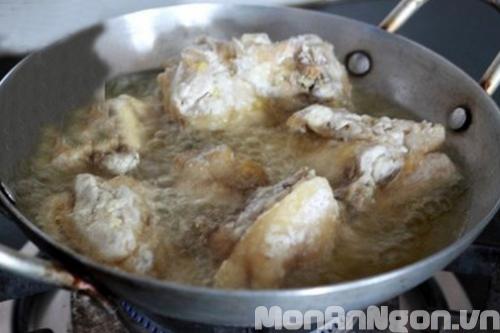 Cách làm món gà chiên nhúng nước mắm 5