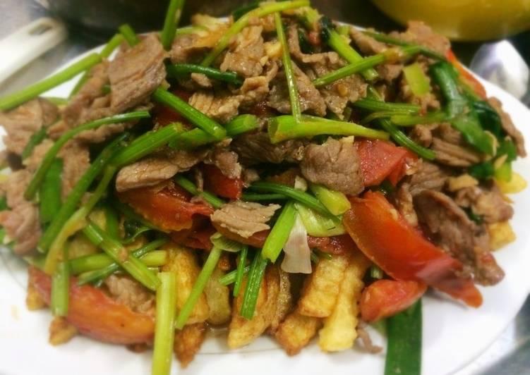 Khoai tây xào thịt bò-Món ăn dễ làm