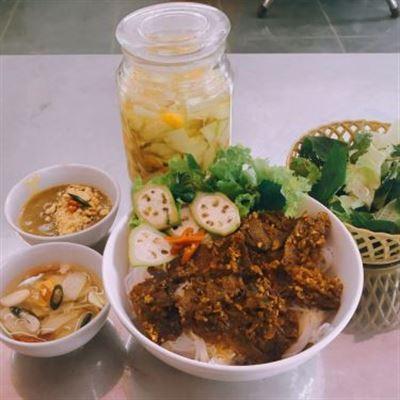 Lan Vinh – Bún Chả Nướng & Bún Bò Hầm