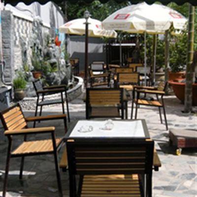 Hiend P&A Cafe