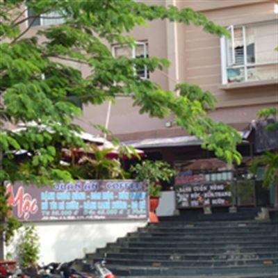 Mea Dow Cafe