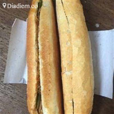 Bánh Mì Quốc Doanh