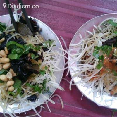 Gỏi Khô Bò & Sữa Đậu Nành – Nguyễn Thị Minh Khai
