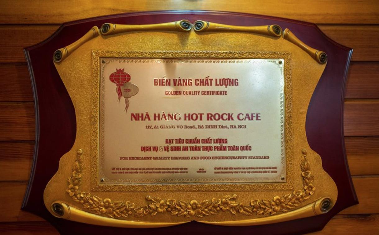 Hot Rock Cafe – Giảng Võ