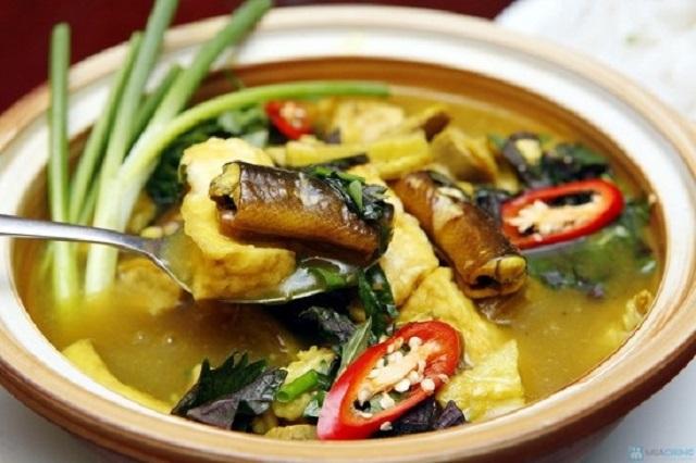 Cách làm lươn om chuối đậu