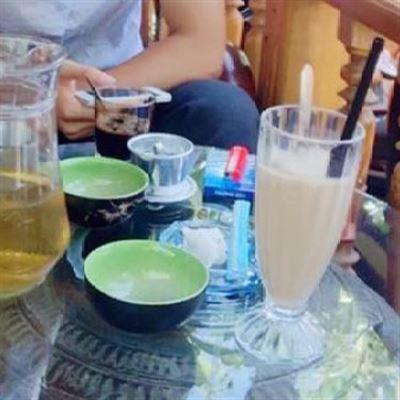 Tân Cổ Điển Coffee