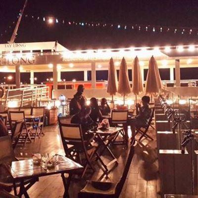 Bến Du Thuyền Cafe