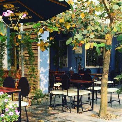 Lou Cafe