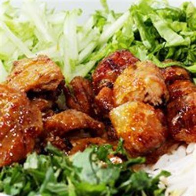 Gỏi Cuốn & Bún Thịt Nướng – Chợ Biên Hoà