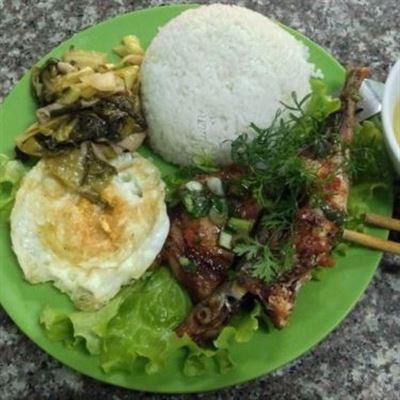 Bún Bò Huế & Cơm Tấm Sài Gòn