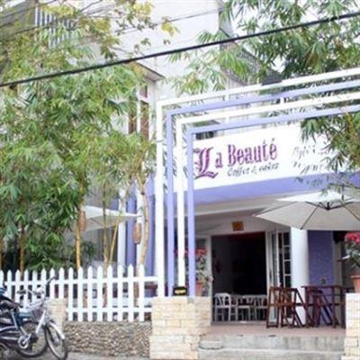 La Beauté Cafe