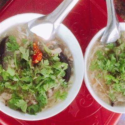 Phong – Cháo Sò Huyết & Súp Cua