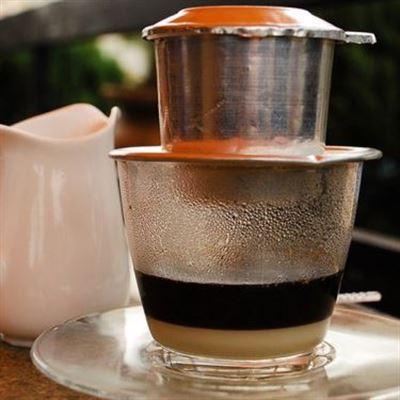 Nhà Rách Coffee