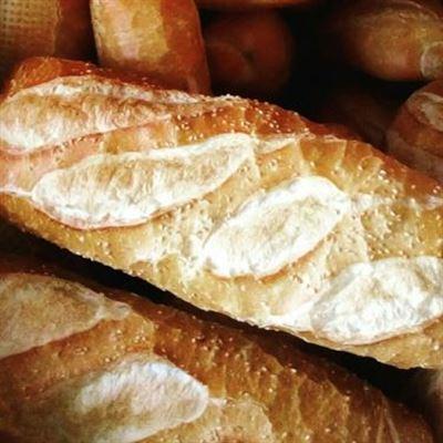 Bánh Mì Xuân Tình