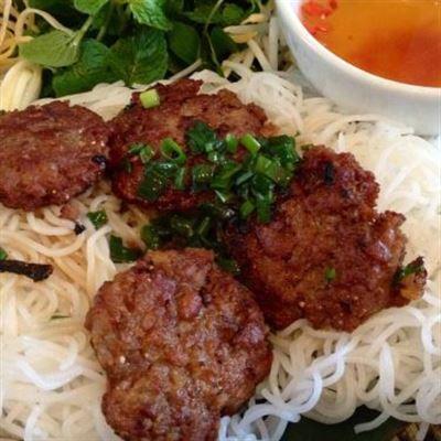 Giang Hà – Bún Chả