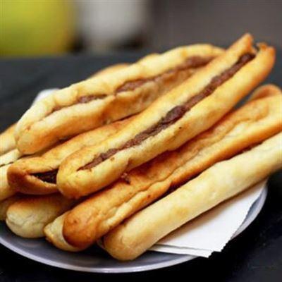 Nhím Quán – Bánh Mì Cay