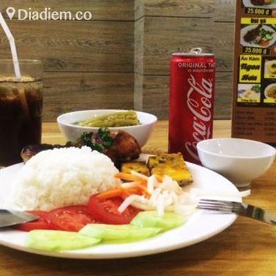 Hoàng Gia Food – Cơm Tấm & Phở