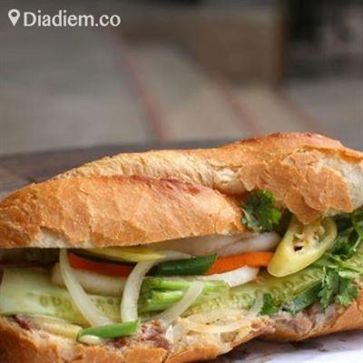 Hồng Thu – Bánh Mì