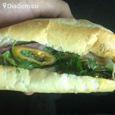 Khánh Ngọc – Lò Bánh Mì