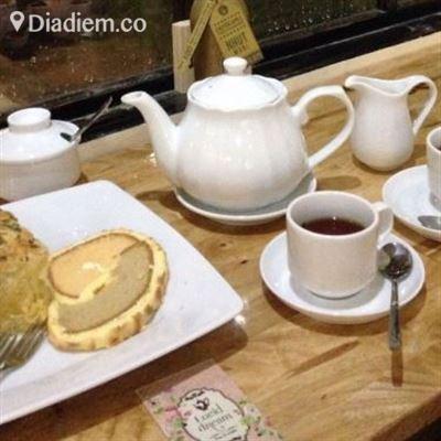 Lucid Dream – Tea & Cake