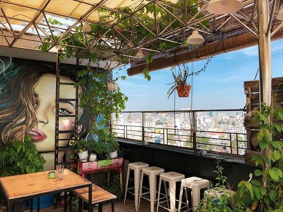 Top 10 quán cà phê đẹp ở Quận 1, Sài Gòn