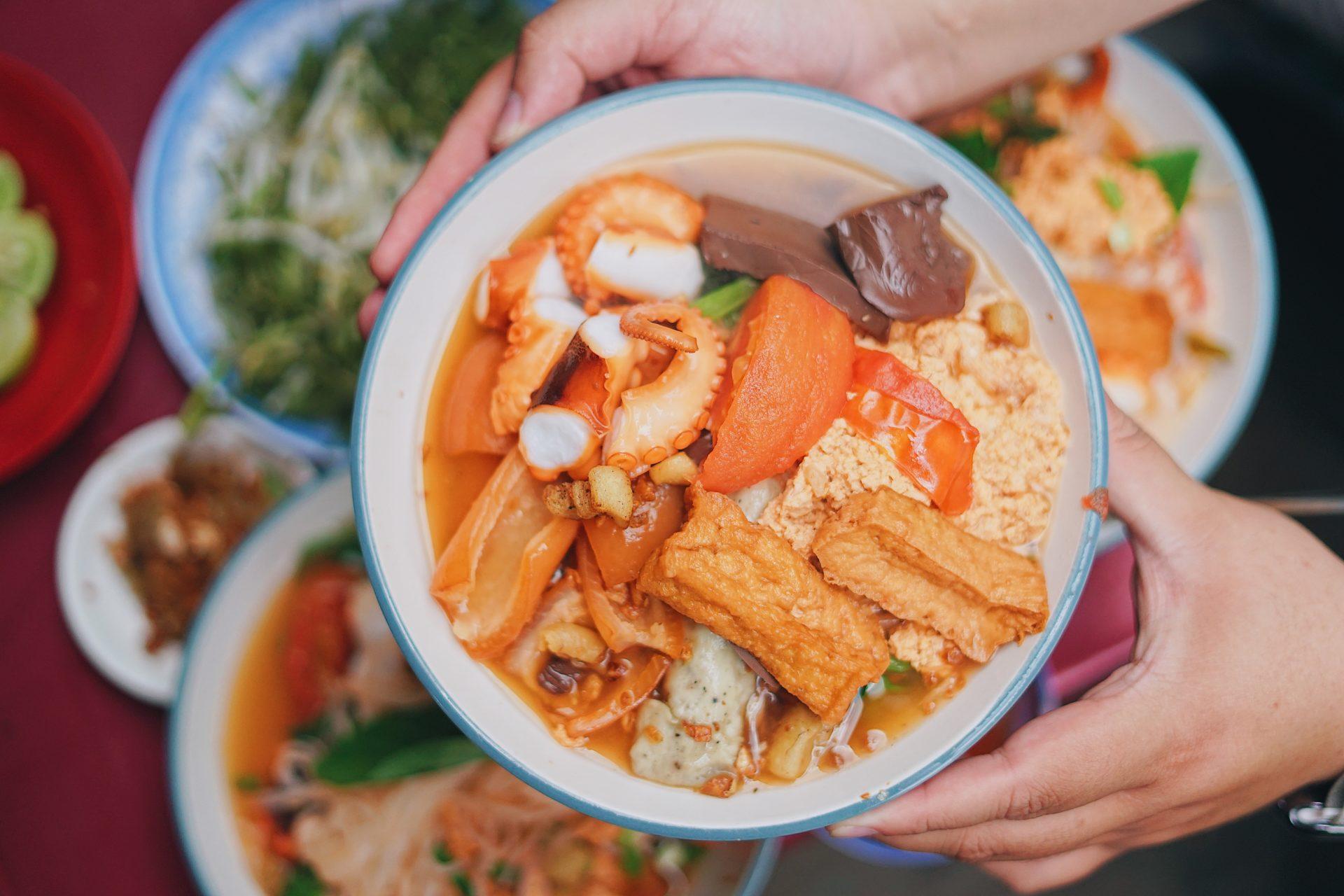 Xuýt xoa cùng Top 9 Quán Bún riêu ngon miễn chê tại Quận 1, Tp, Hồ Chí Minh