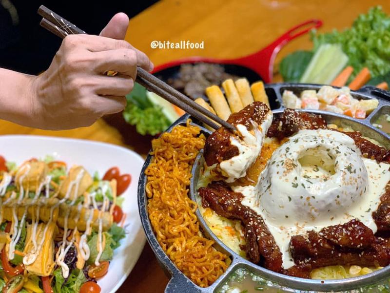Top 9 quán gà cay ngon xỉu tại Sài Gòn được giới trẻ yêu thích nhất