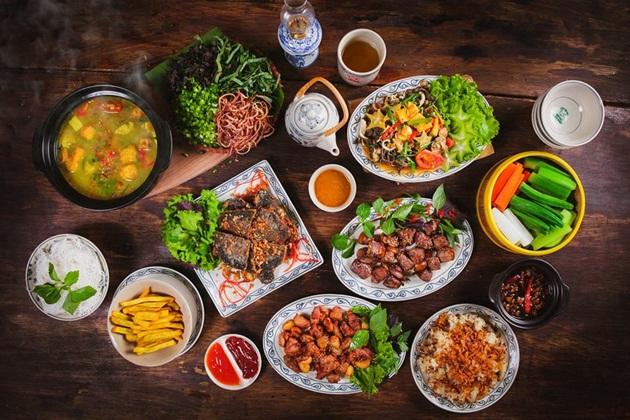 Quán Ăn Ngon – 18 Phan Bội Châu