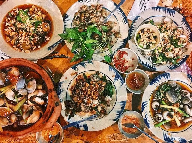 """""""MỜ LEM"""" cùng Top 10 quán ốc ngon nhất Quận 11, Tp.Hồ Chí Minh"""